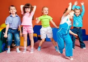 فواید بازی های گروهی برای کودکان